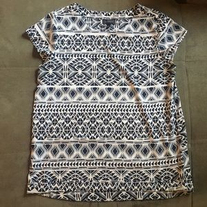 The Limited top size small navy & white